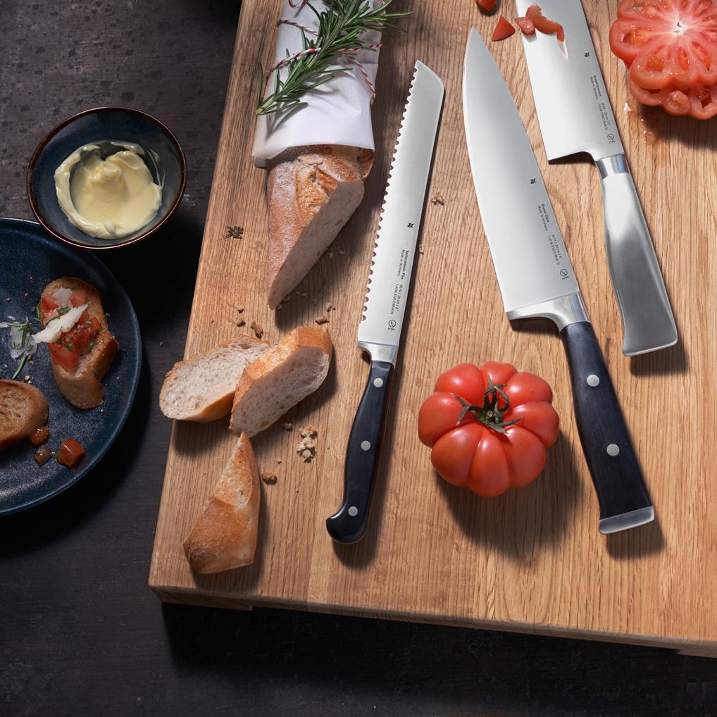 Bıçağınızı alın. Kesmeye başlayın. Her bir kesiş, kendine özgü bir sese sahip.