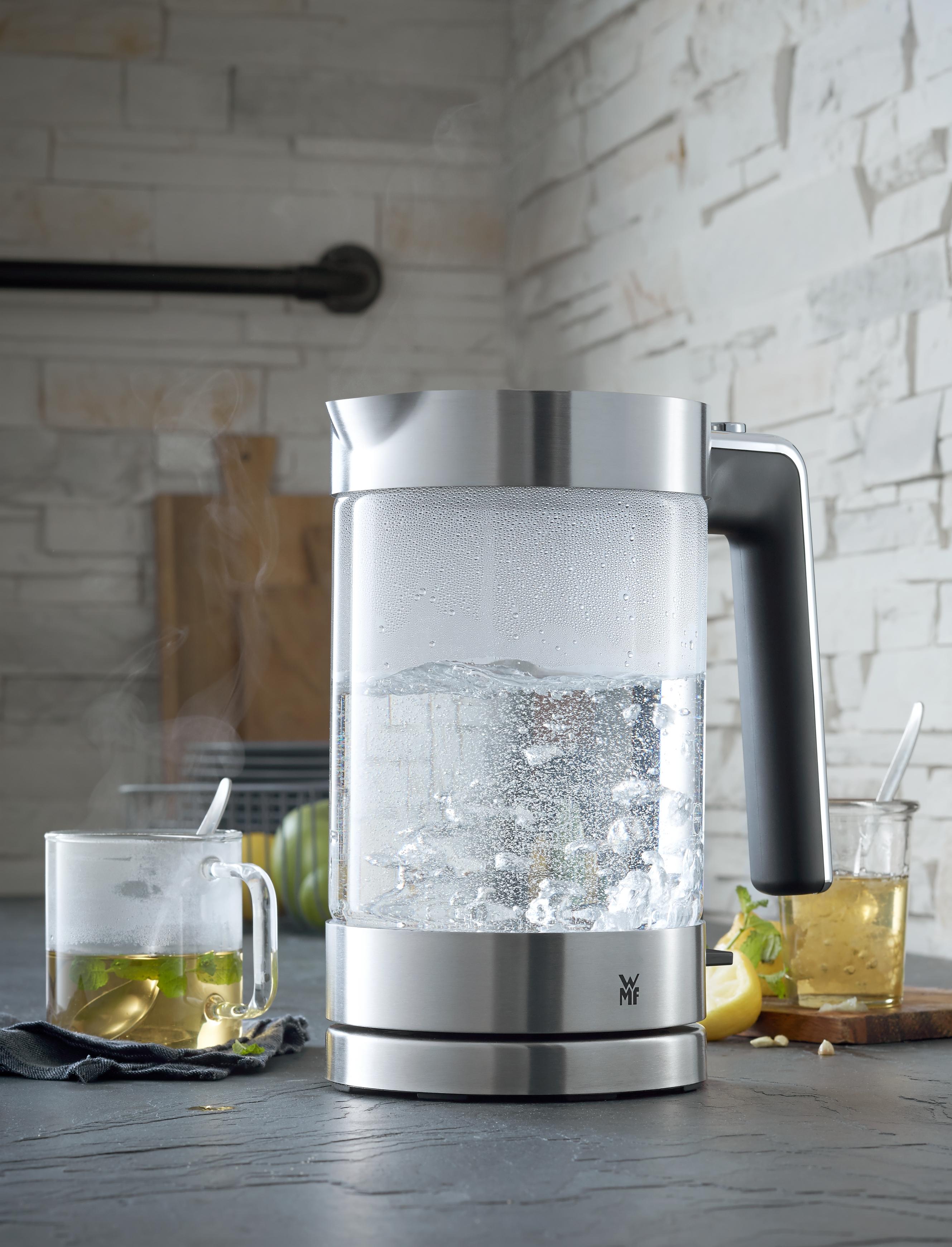 Güçlü motoru ve yüksek kapasitesi ile mutfağınızın şık yardımcısı.