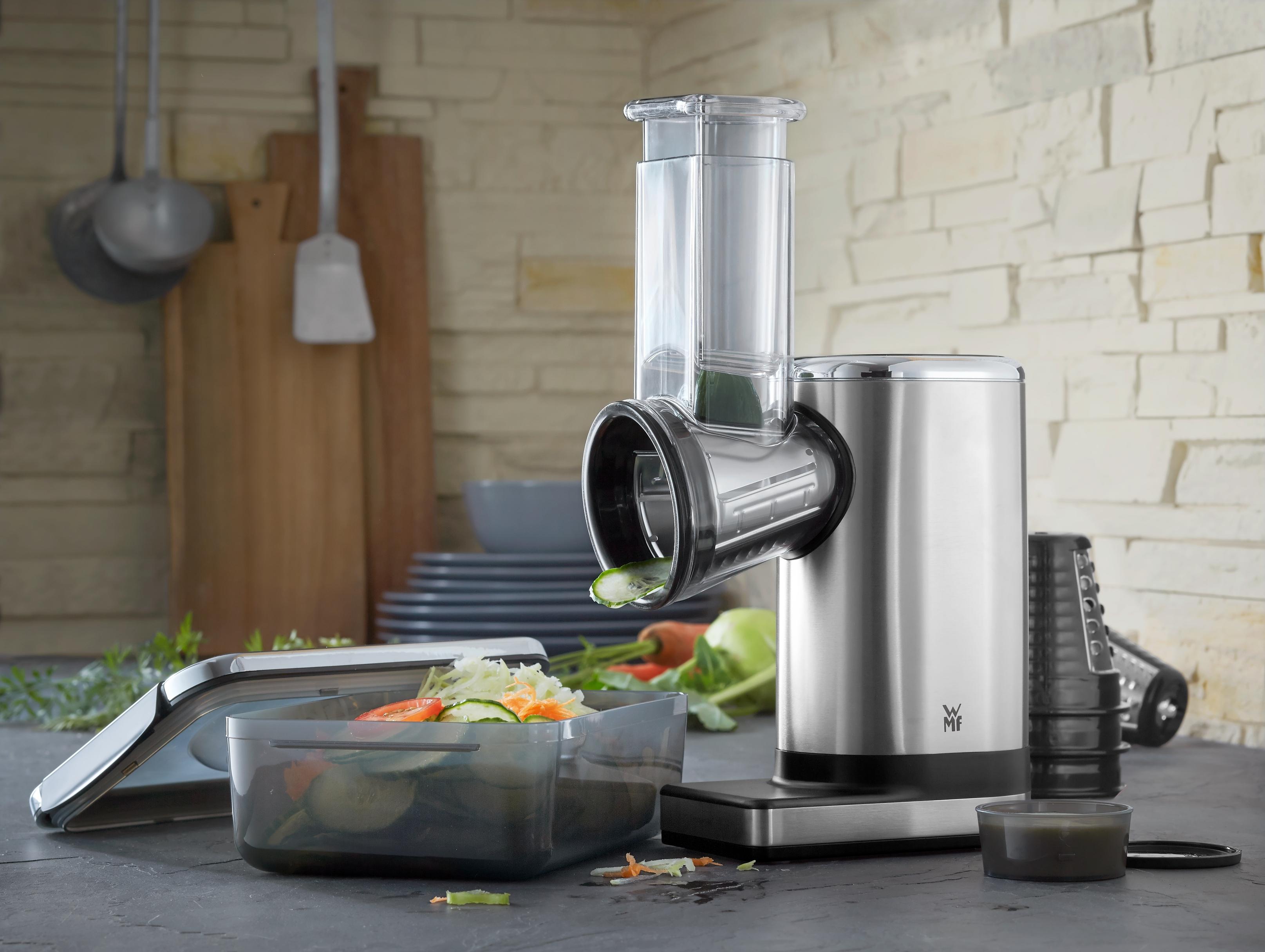 En sevdiğiniz salataları evinizin mutfağında ve şef profesyonelliğinde hazırlayın.
