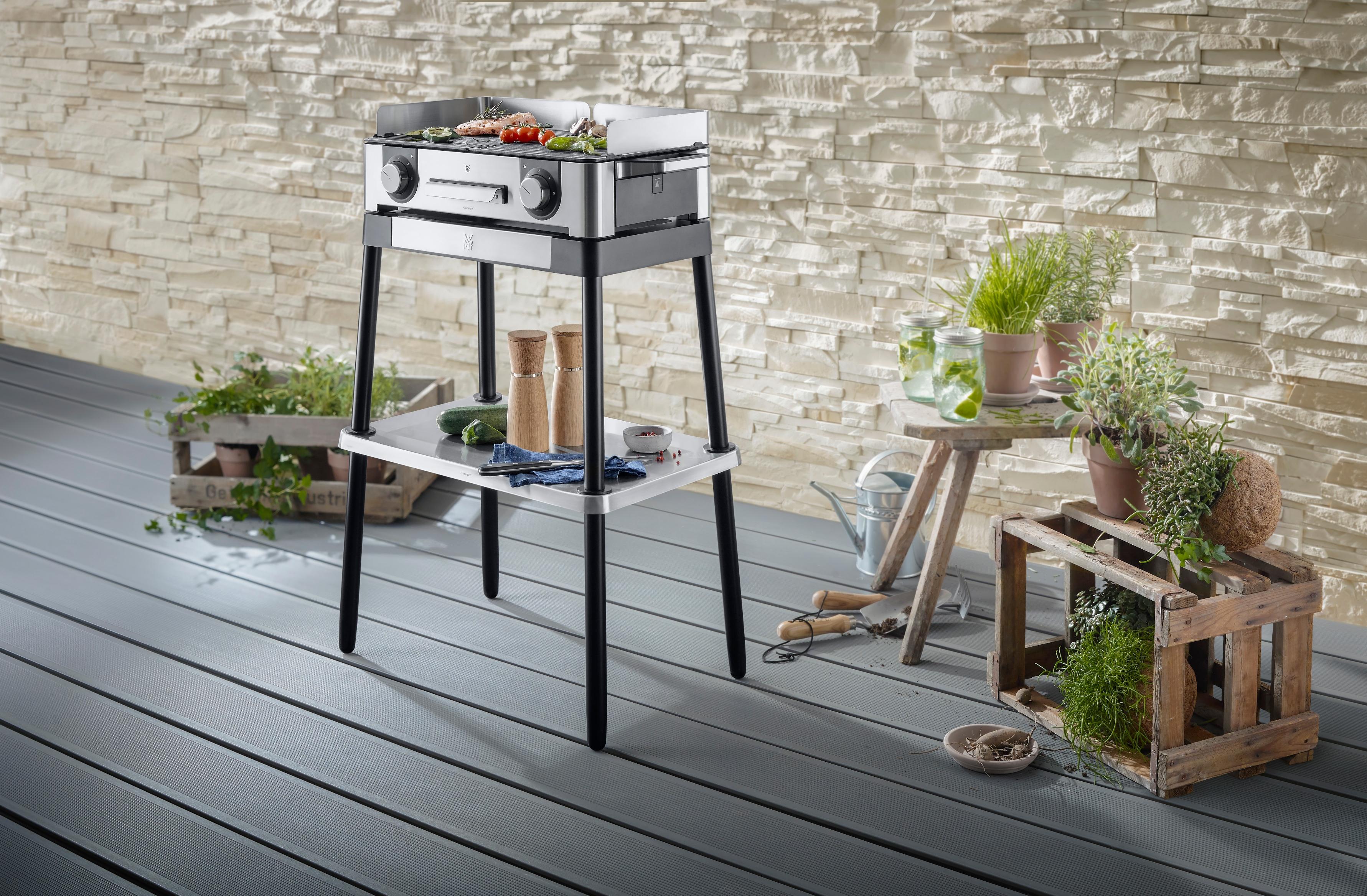 Izgara standı ile lezzetli ızgaraların tadını temiz havada çıkarın.