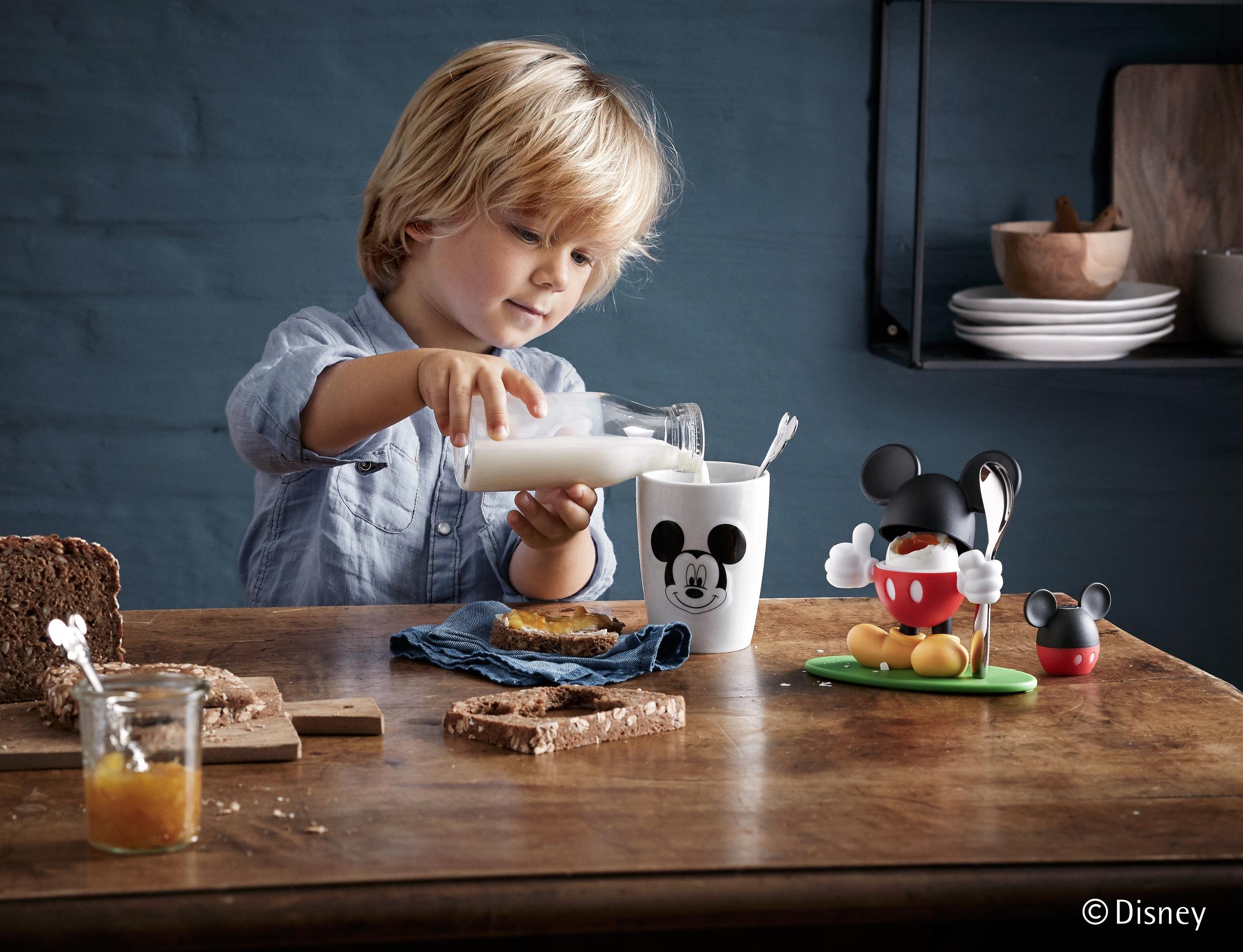WMF Kaşıklı Bardak Seti: Çocuklara Uygun Tasarım